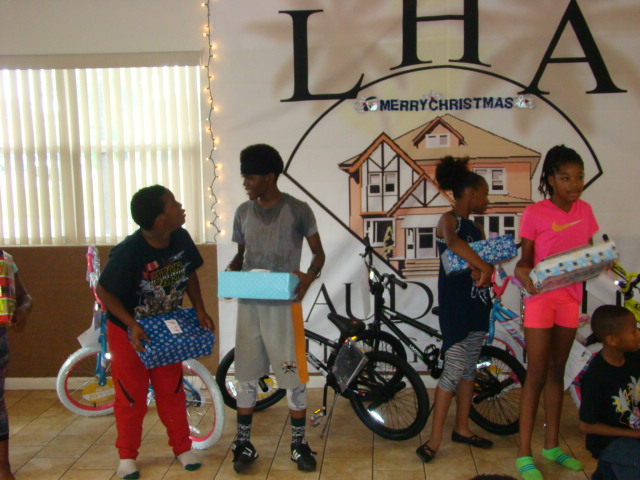 2016 LHA & PD Toy Giveaway (7)