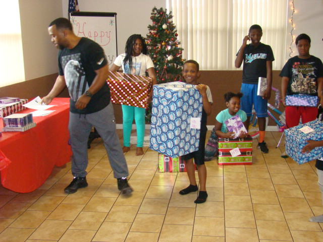 2016 LHA & PD Toy Giveaway (8)